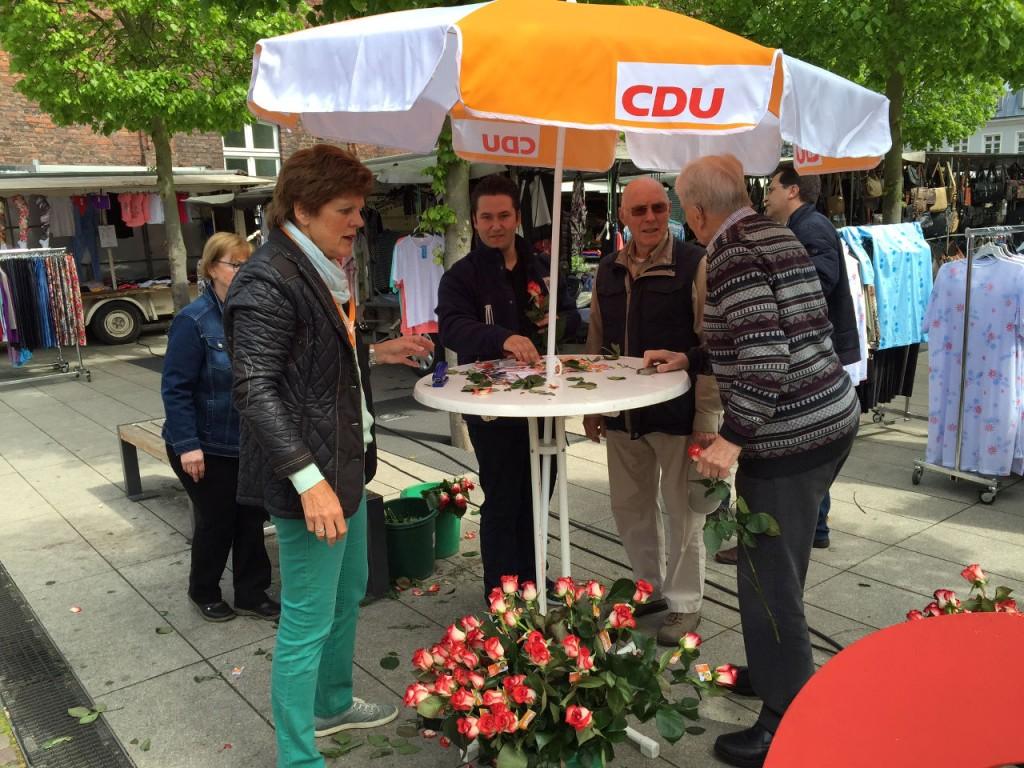 CDU_Muttertagsrosen_5